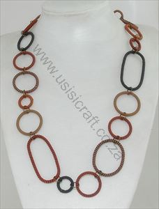 Picture of us841 Necklace - Wireblend - Stripy wrapped rings - Med 70cm