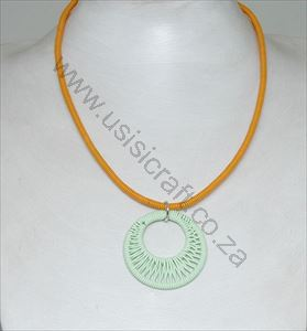 Picture of us801 Necklace - Wrapped double circkle Pendant on leather - Xlarge